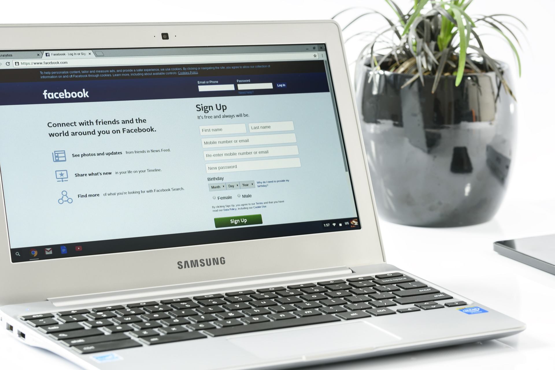 Facebook Management: Tips on Optimizing Your Facebook Page